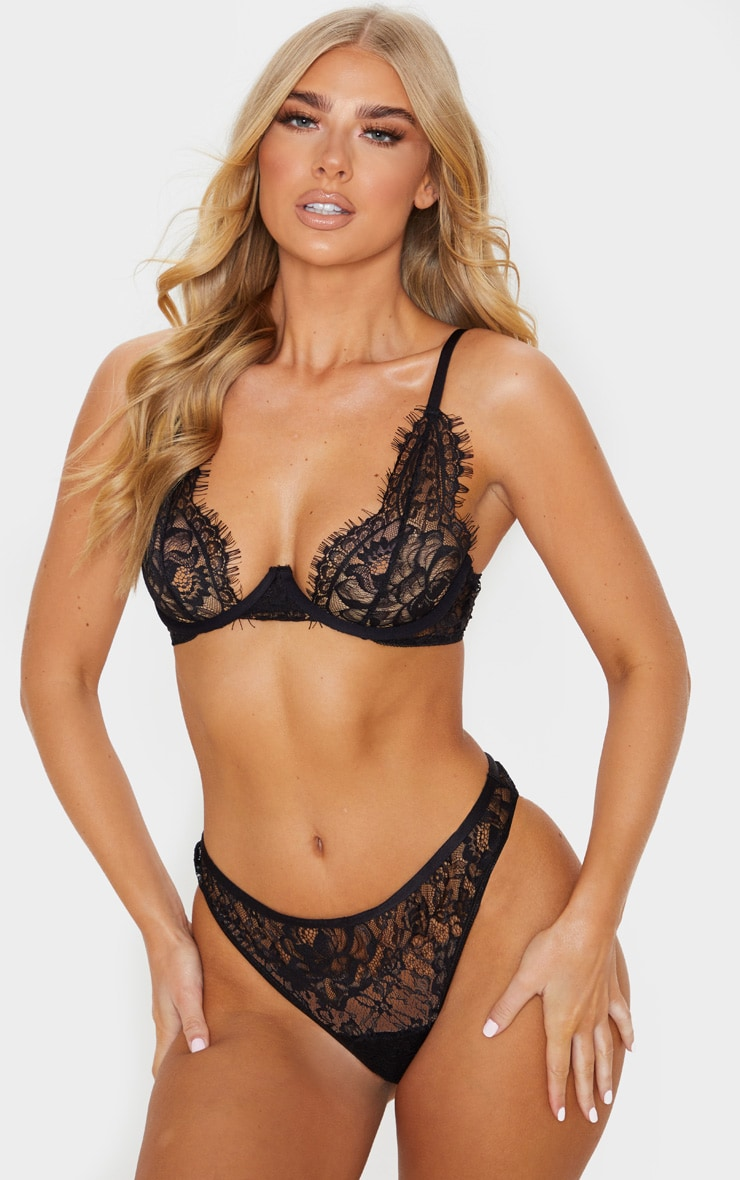 Black Floral Lace Underwired Plunge Bra 1