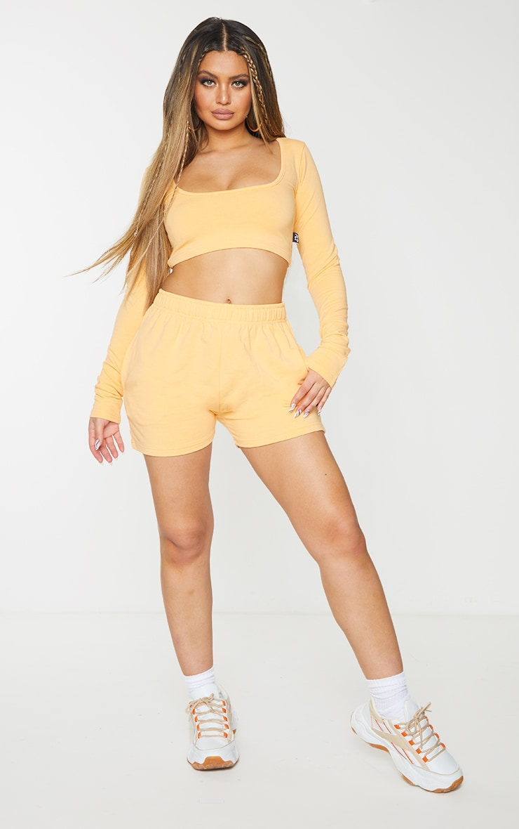 PRETTYLITTLETHING Peach Badge Cotton Long Sleeve Crop Top 3