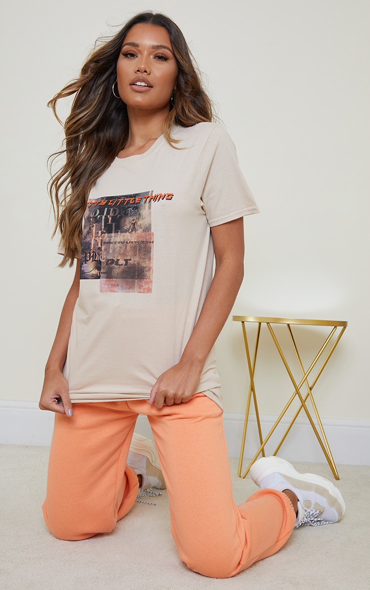 Prettylittlething Stone Burnout Print T Shirt 3