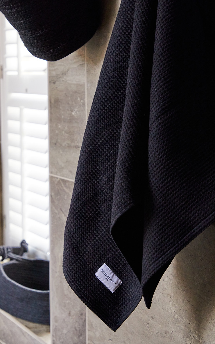 Black Waffle Cotton Medium Bath Towel 1