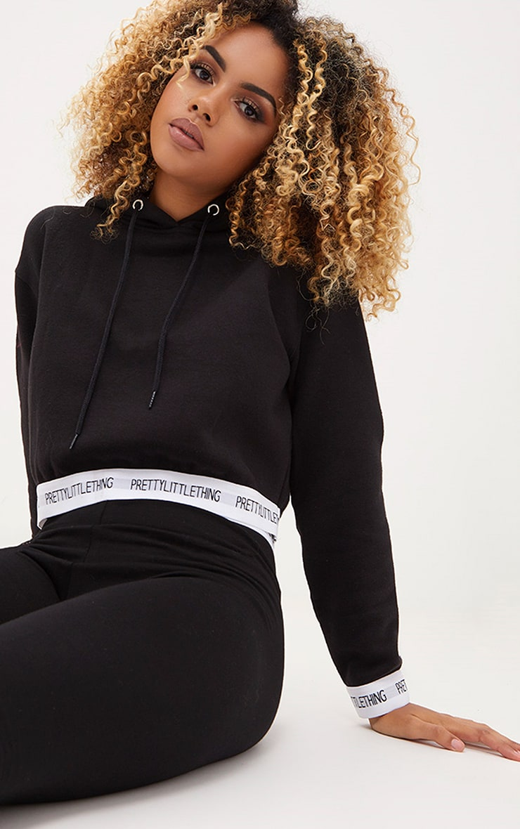 PRETTYLITTLETHING Black Trim Cropped Hoodie 1