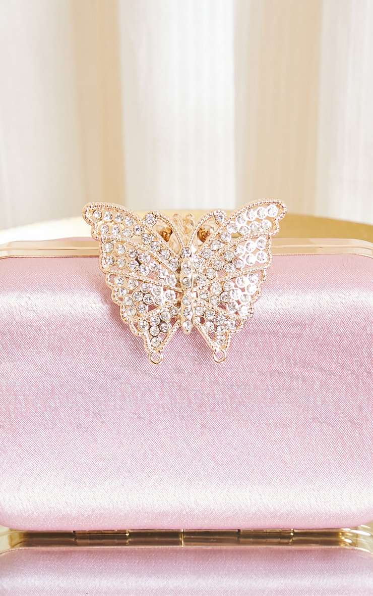 Pochette satinée rose à papillon strassé 4