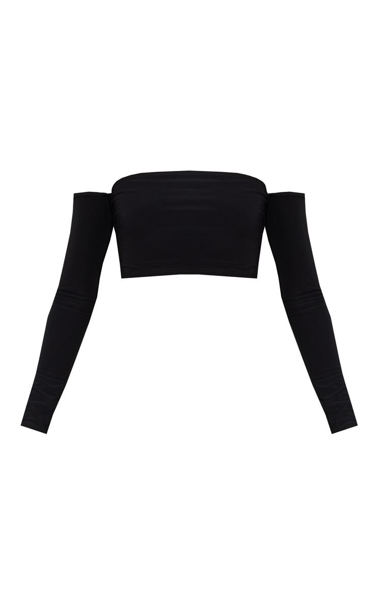 Crop top noir à manches longues et encolure bardot 3