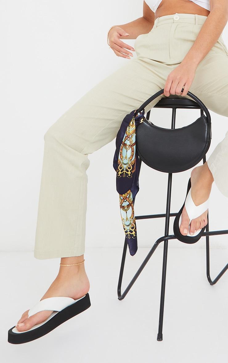 White PU Toe Post Flatform Sandals 2