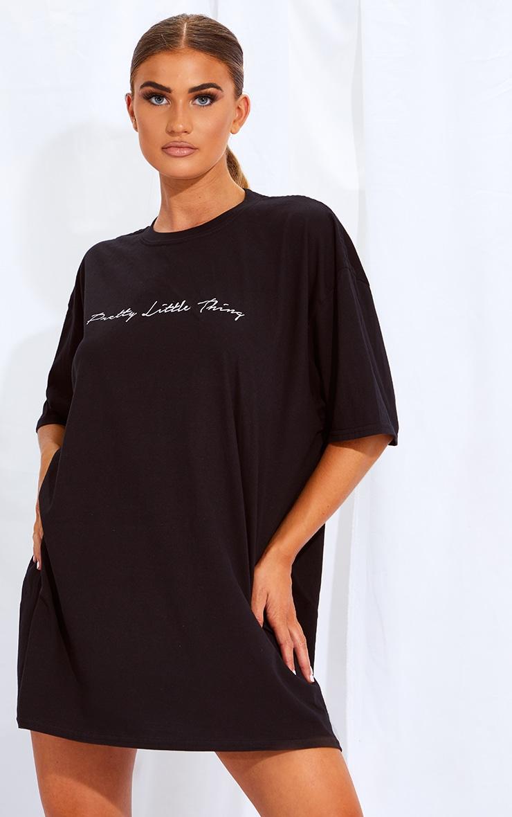 PRETTYLITTLETHING Black & White 2 Pack Slogan T Shirt Dresses 2