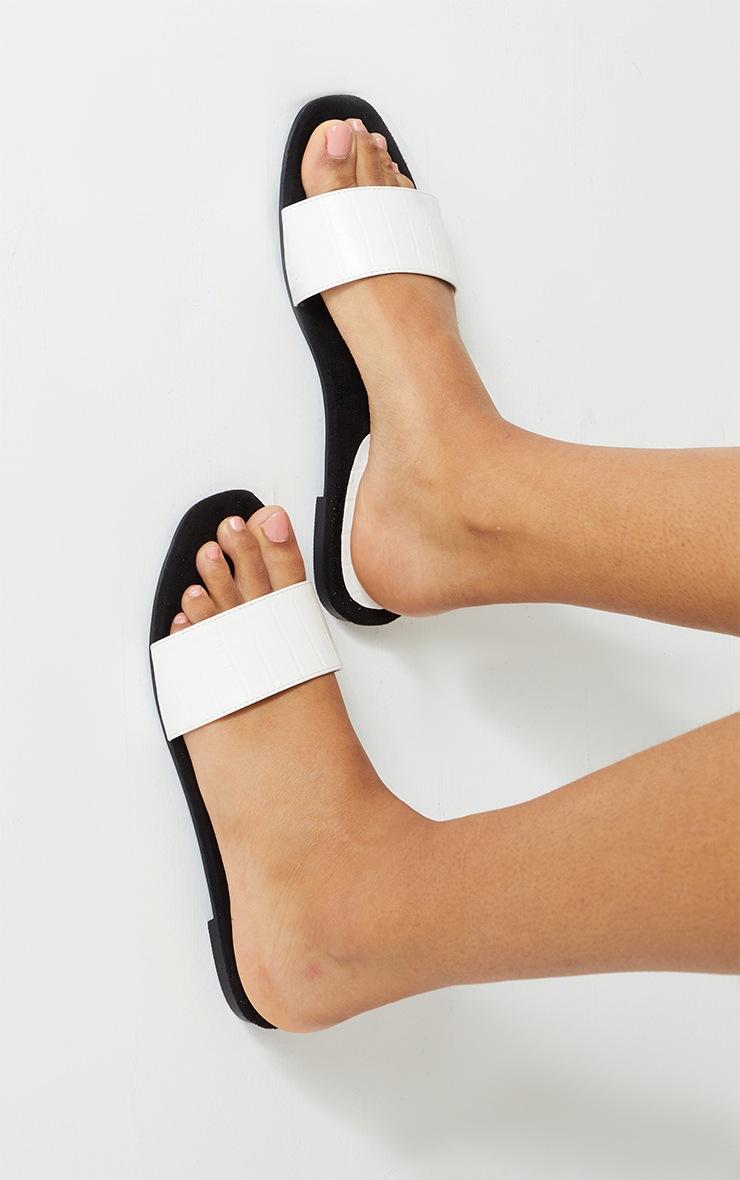 White Single Strap Mule Sandal 2