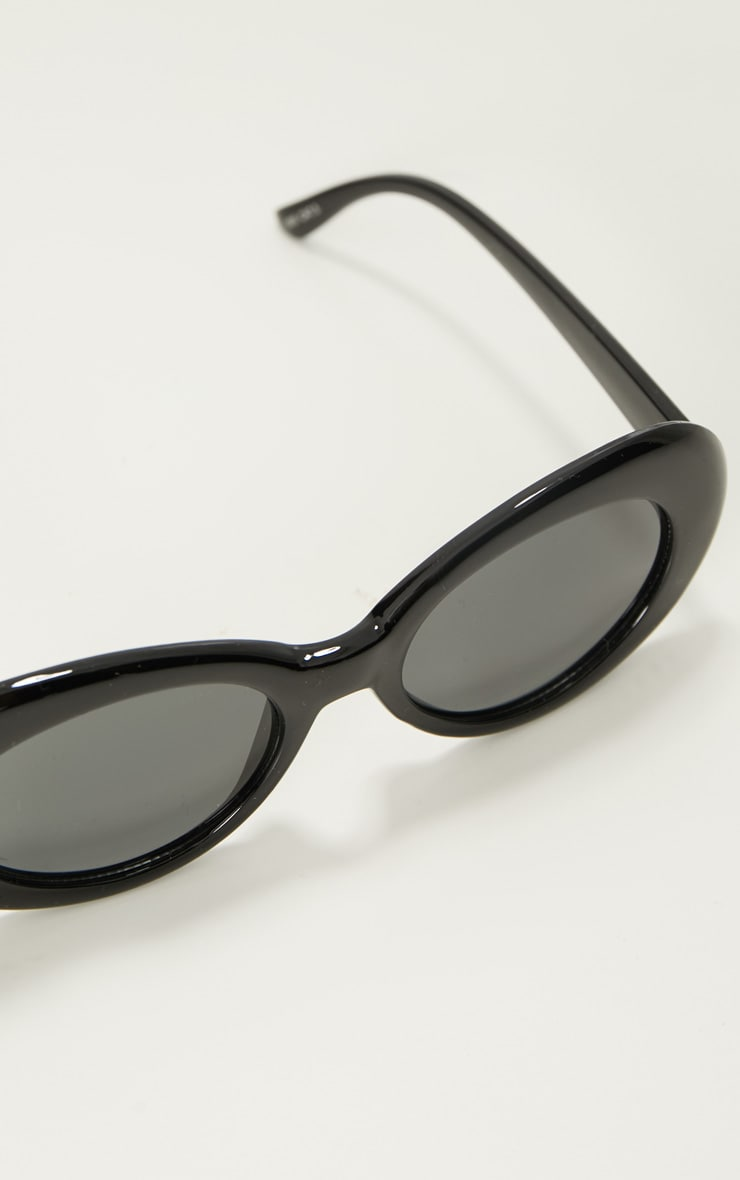 Black Retro Sunglasses 4