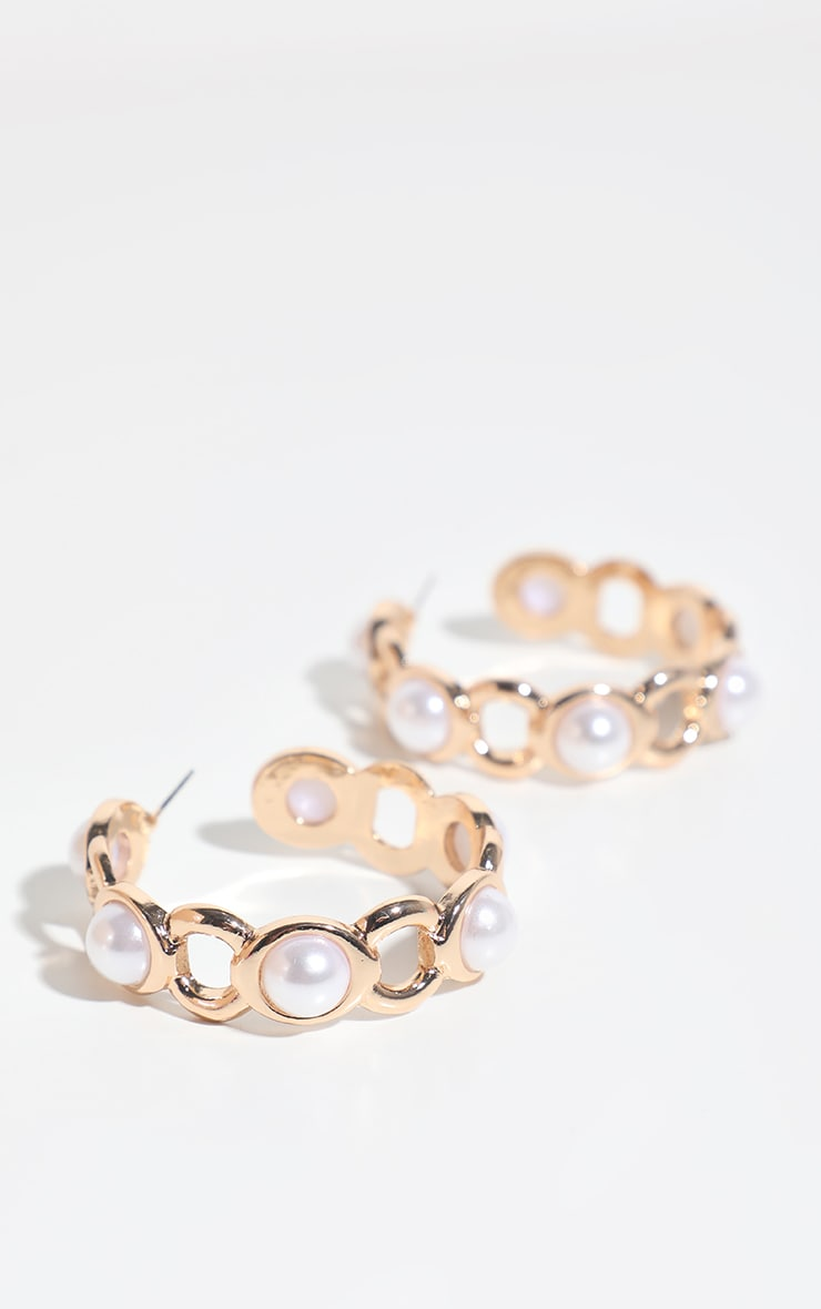 Gold Chunky Pearl Chain Hoop Earring 2