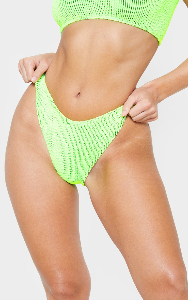 Bas de bikini cheeky vert citron contrastant en crêpe 6