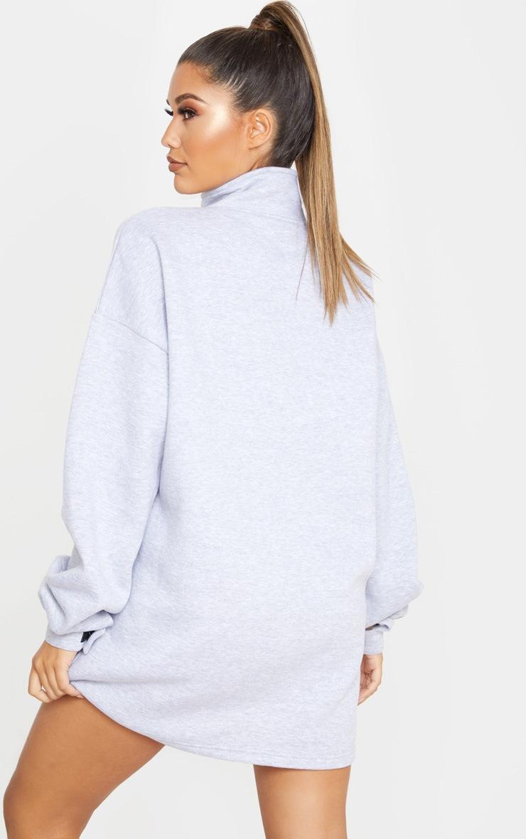 Robe pull grise à col cheminée zippée devant 2