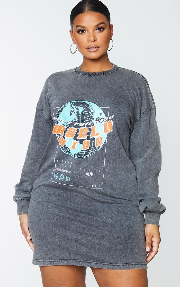 PRETTYLITTLETHING Plus Charcoal Worldwide Slogan Print Sweater Dress 3