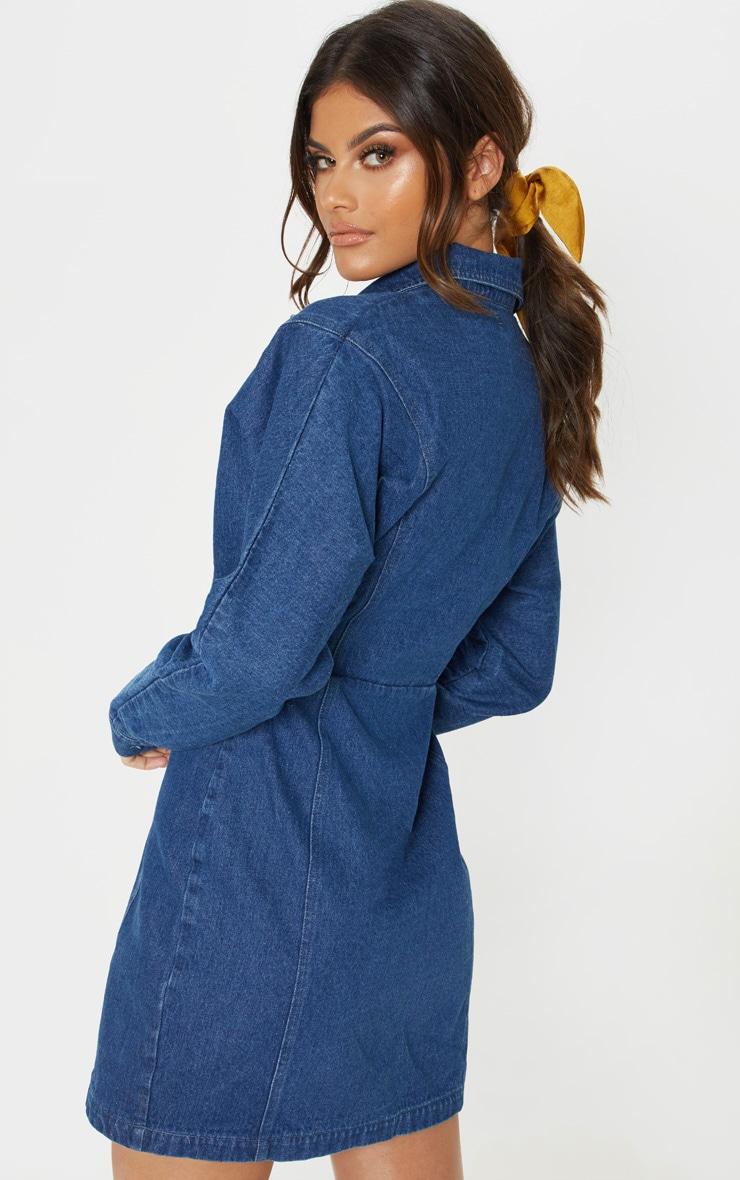 Robe en jean délavé foncé à boucle sur les côtés et manches longues 2