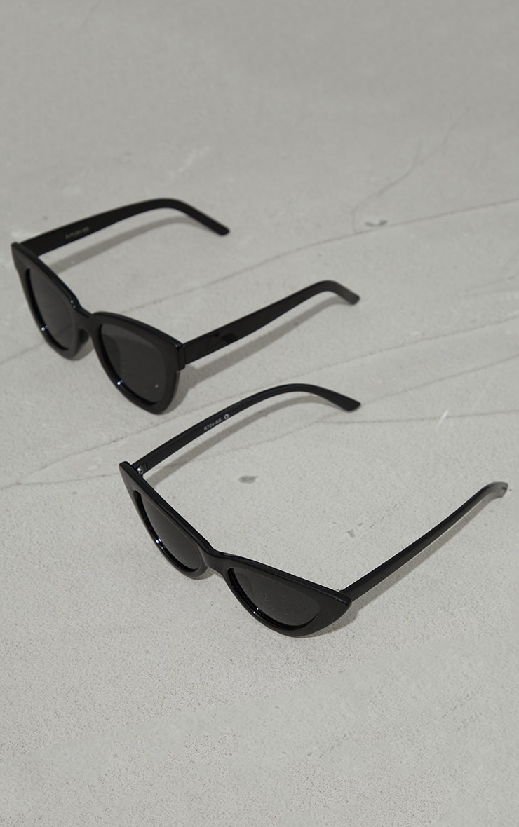 Black Recycled Plastic Winged Sunglasses 2 Pack 1