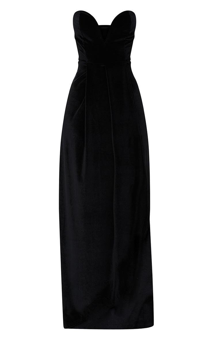 Longue robe en velours noir à cache-coeur drapé sur l avant 3