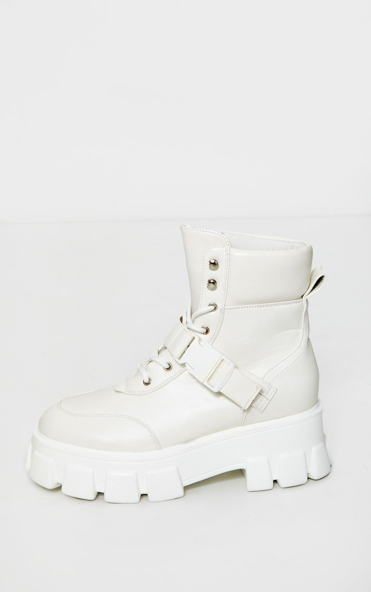 White Extreme Chunky Sole Buckle Clasp Hiker Boots 4