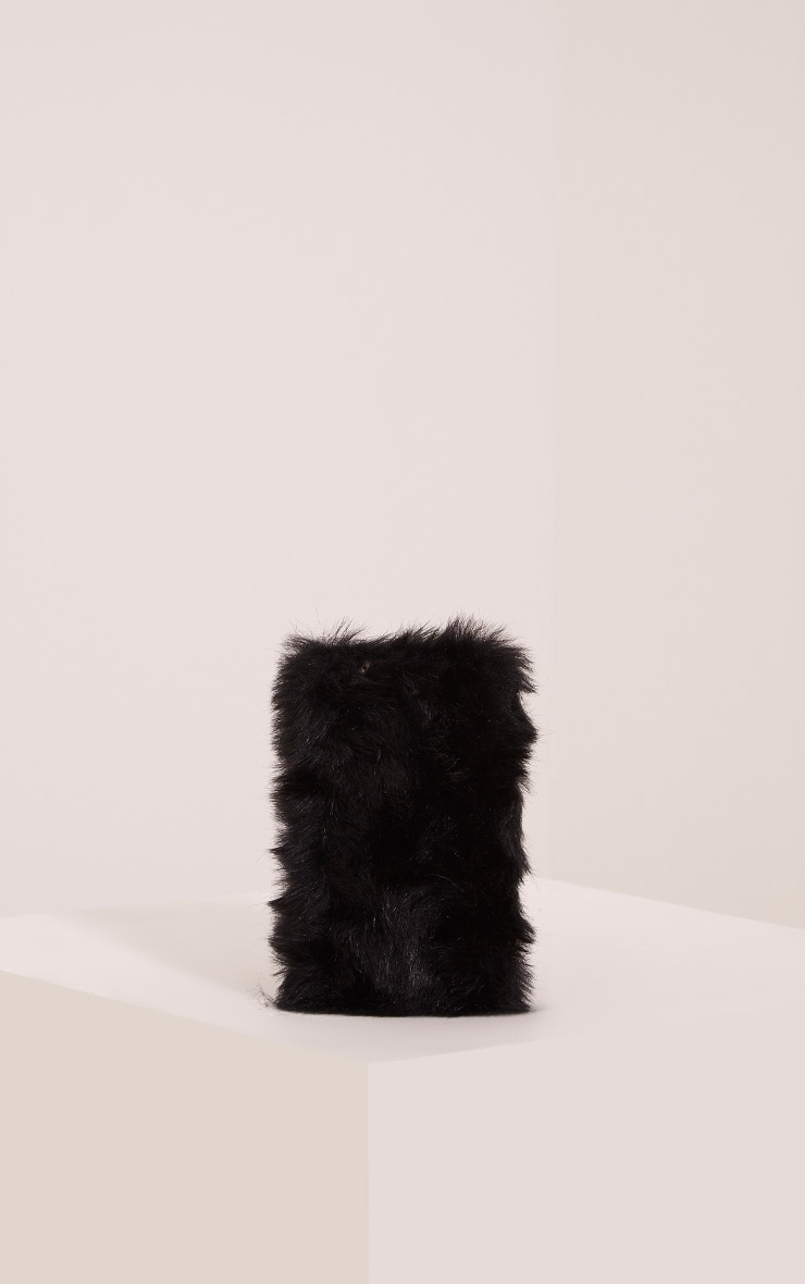Black Iphone 6+ Fluffy Phone Case 2