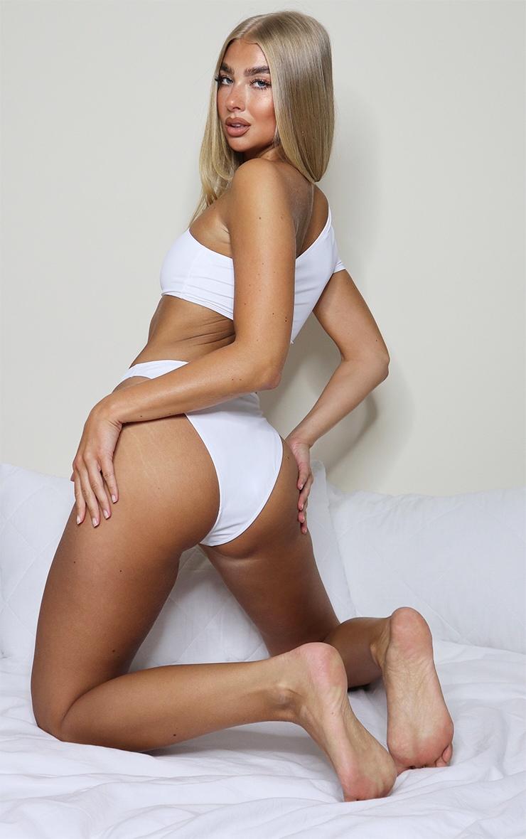 White One Shoulder Sleeve Bikini Top 2