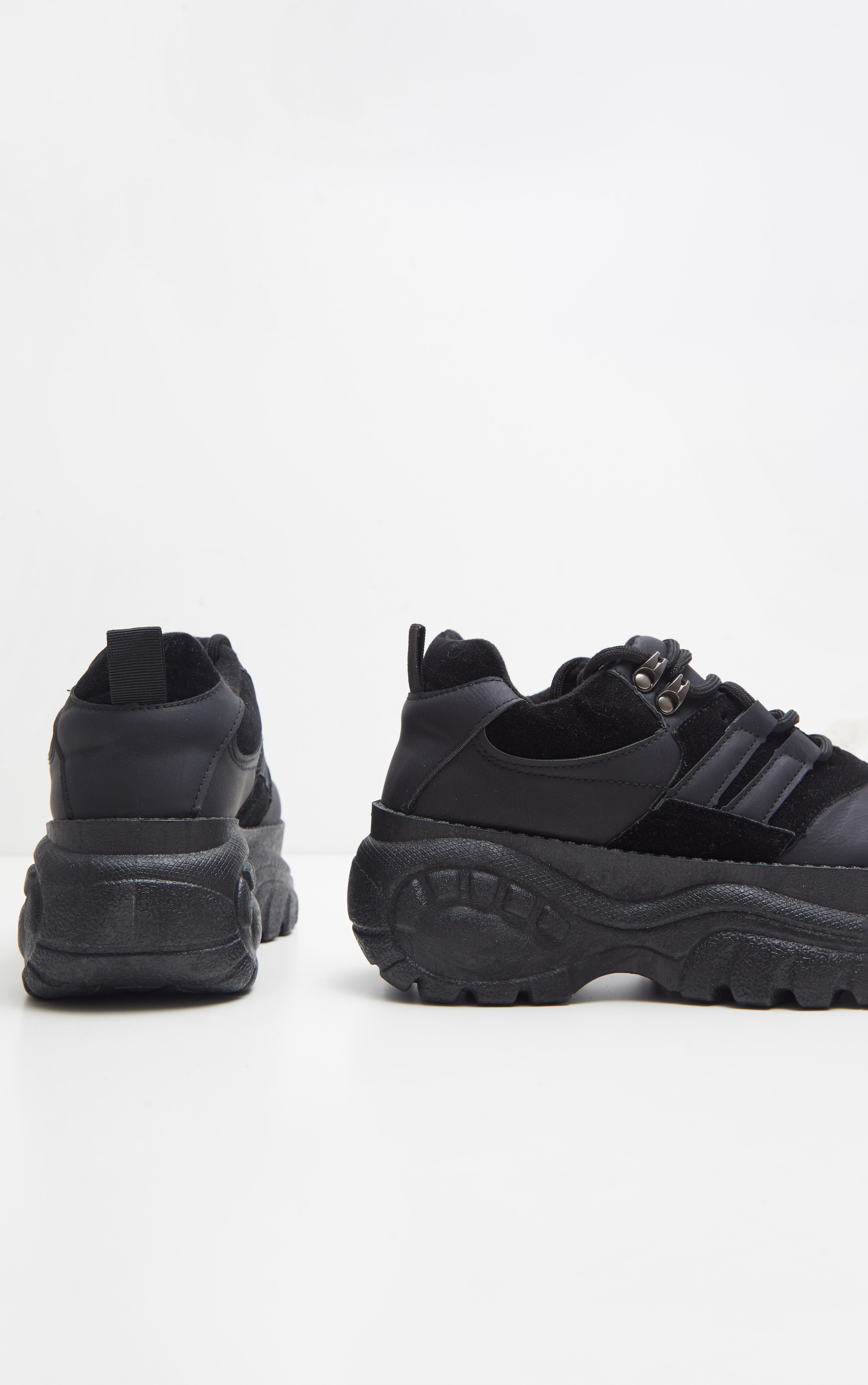 Black Low Chunky Trainer 3