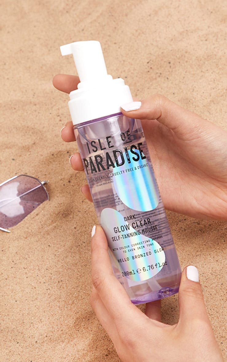 Isle Of Paradise Dark Glow Clear Self-Tanning Mousse 1