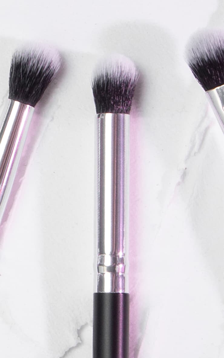 PRETTYLITTLETHING Concealer Buffing Brush PLT05 4