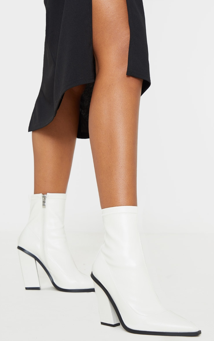 White Point Toe Block Heel Ankle Boot 2
