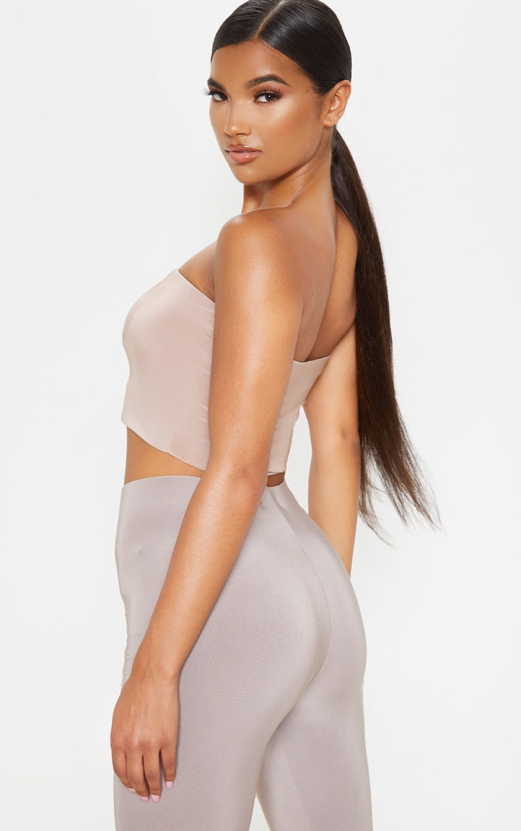 Crop top bandeau taupe 2