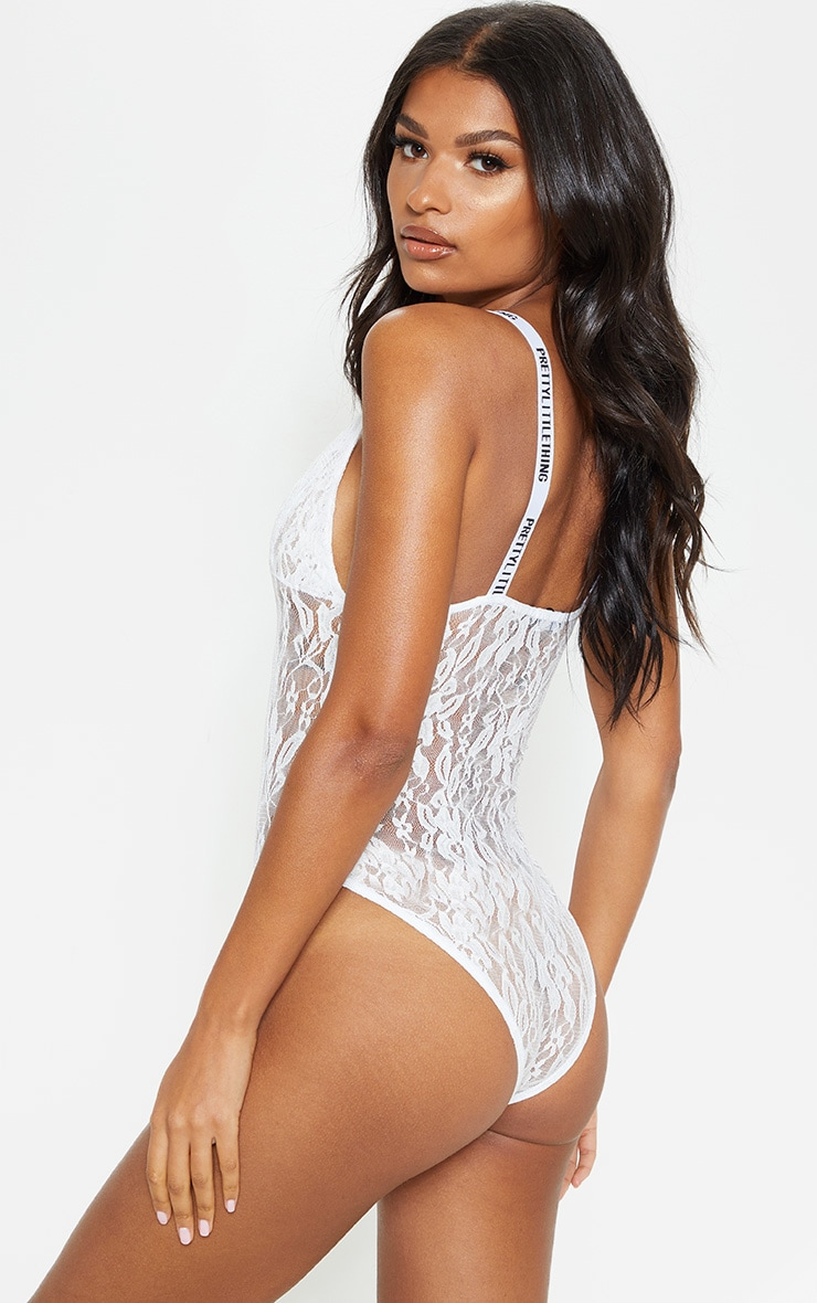 PRETTYLITTLETHING White Lace Body 2