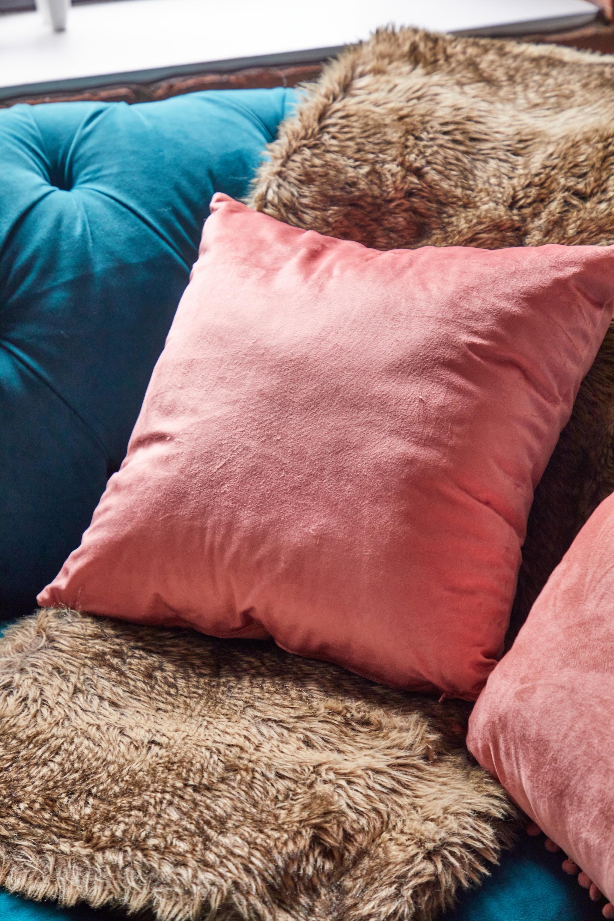 Dusty Pink Velvet Cushion 1