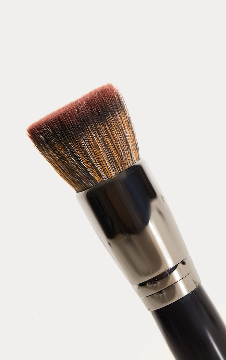 Morphe E31 Deluxe Flat Buffer Brush 2
