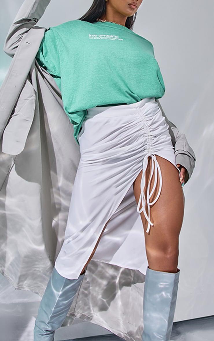 Jupe mi-longue en maille tissée très froncée blanche 4