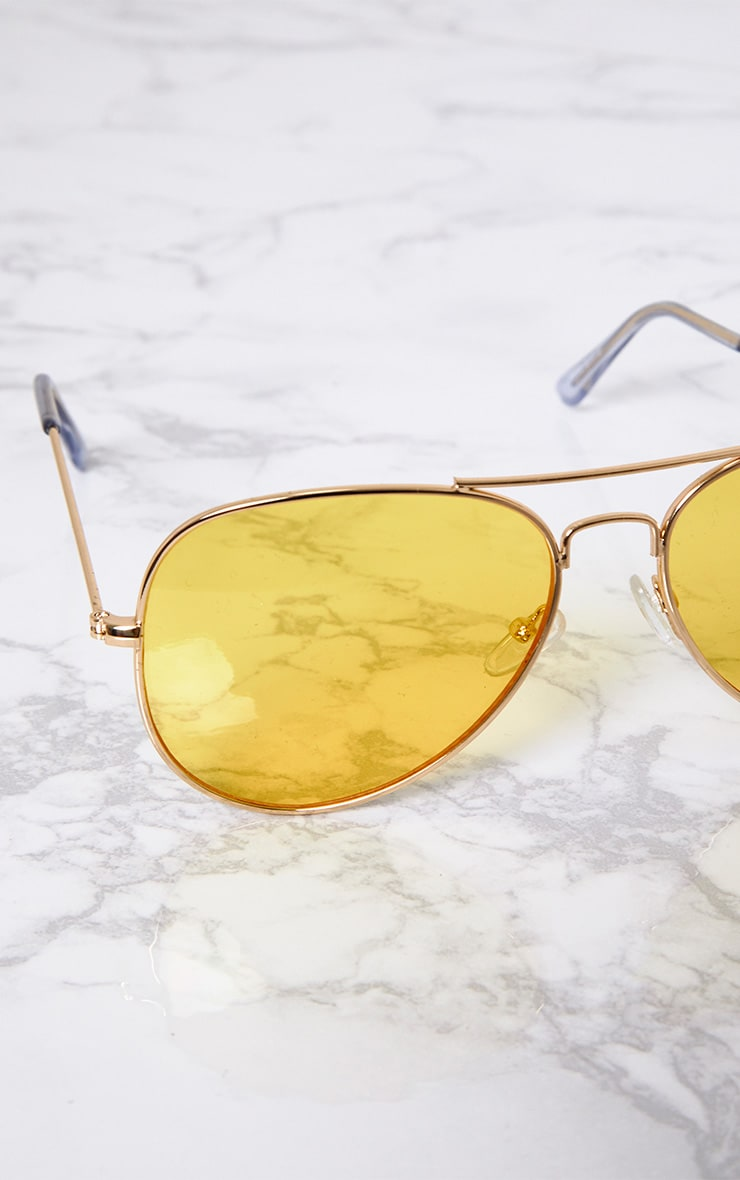 Kelie Yellow Tinted Lens Aviators 6