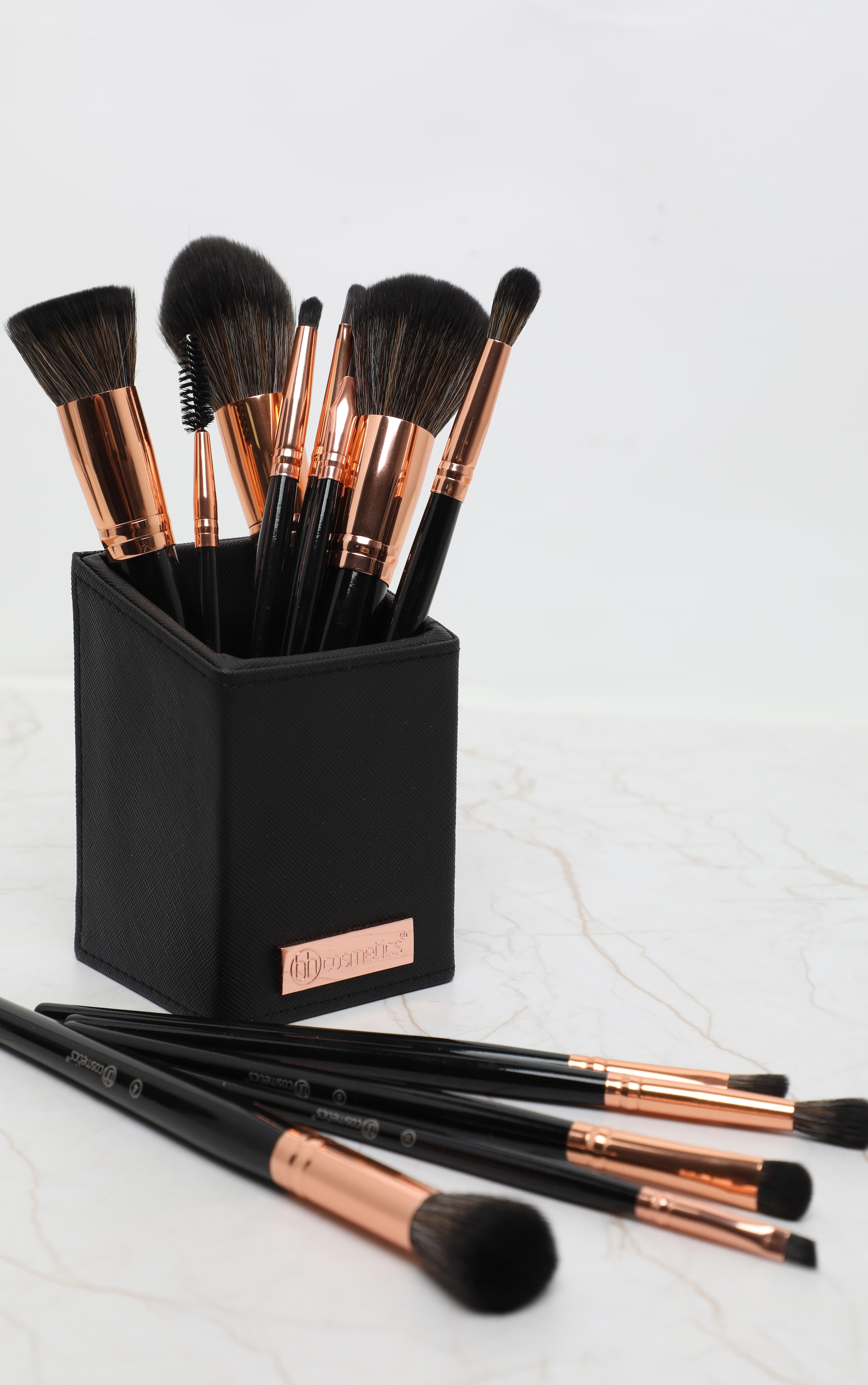 BH Cosmetics Signature Rose Gold 13 Piece Brush Set 2