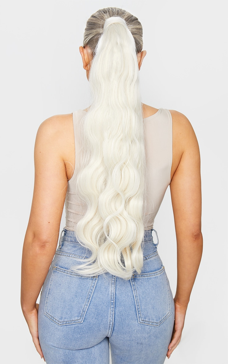 Lullabellz Grande Hollywood Wave 26 Wrap Around Pony Bleach Blonde 2