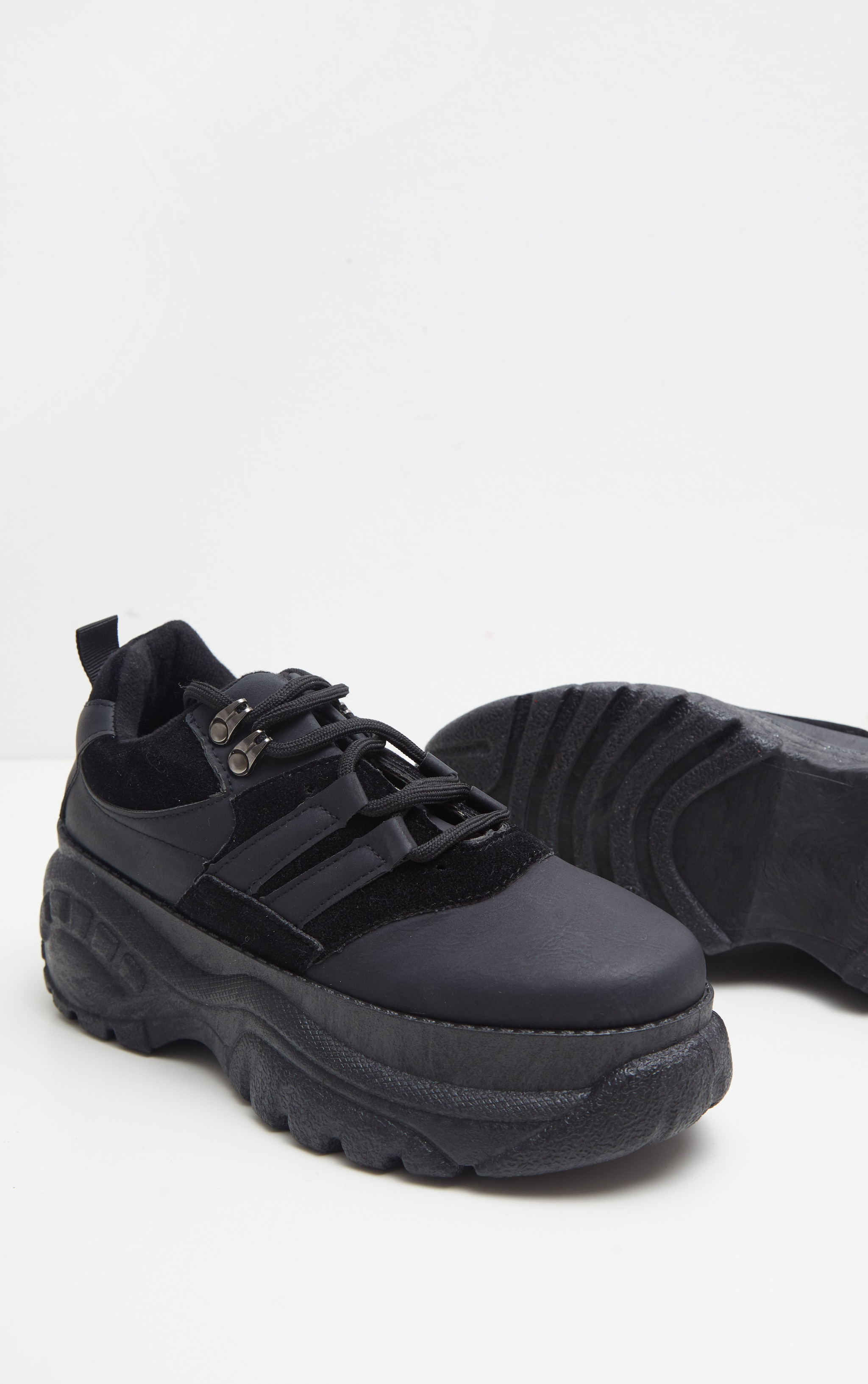 Black Low Chunky Trainer 4