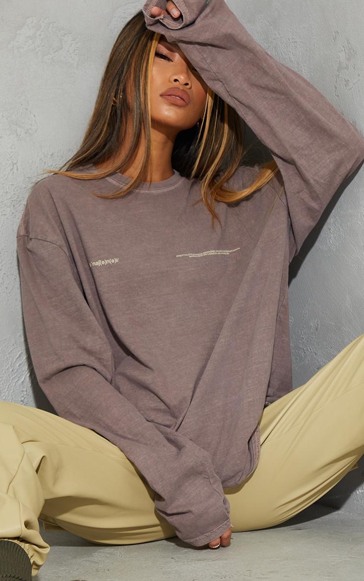 PRETTYLITTLETHING Chocolate International Long Sleeve T Shirt 4