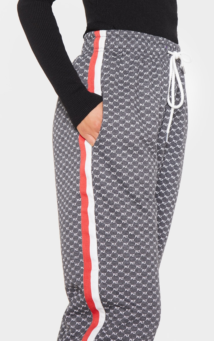 PRETTYLITTLETHING Charcoal Printed Contrast Tape Jogger 5
