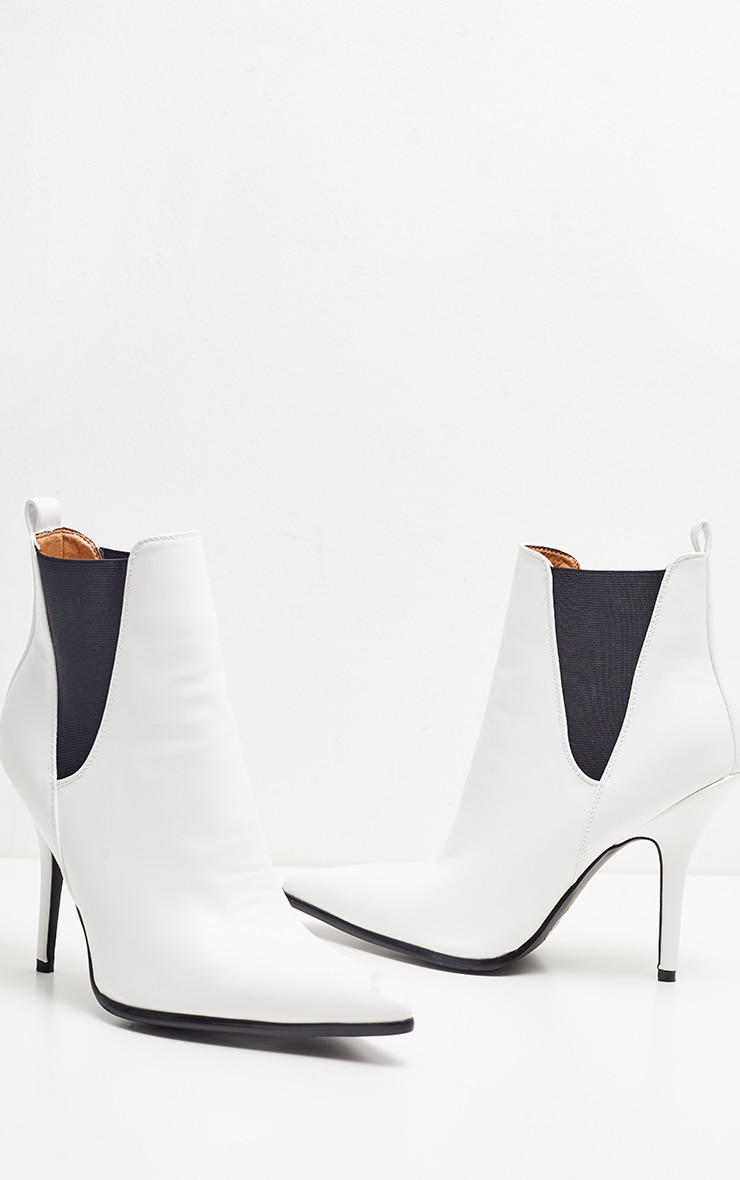 White Point Heeled Chelsea Boot 4