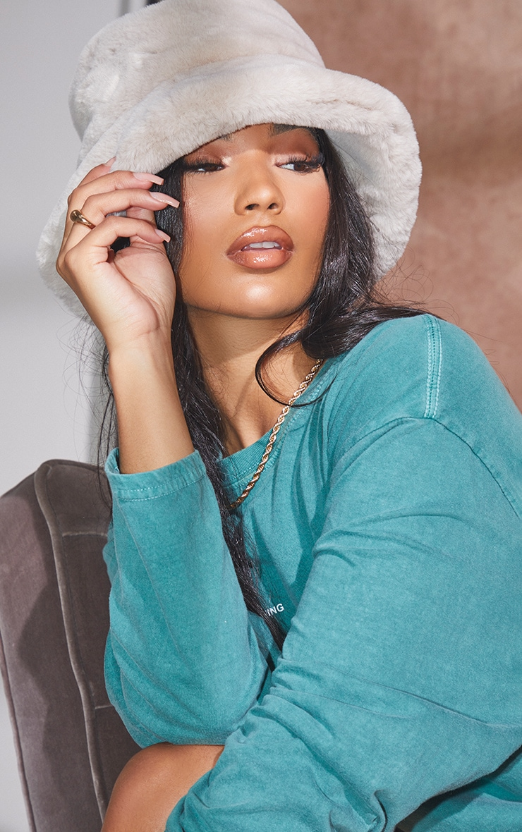 Grey Faux Fur Bucket Hat 1
