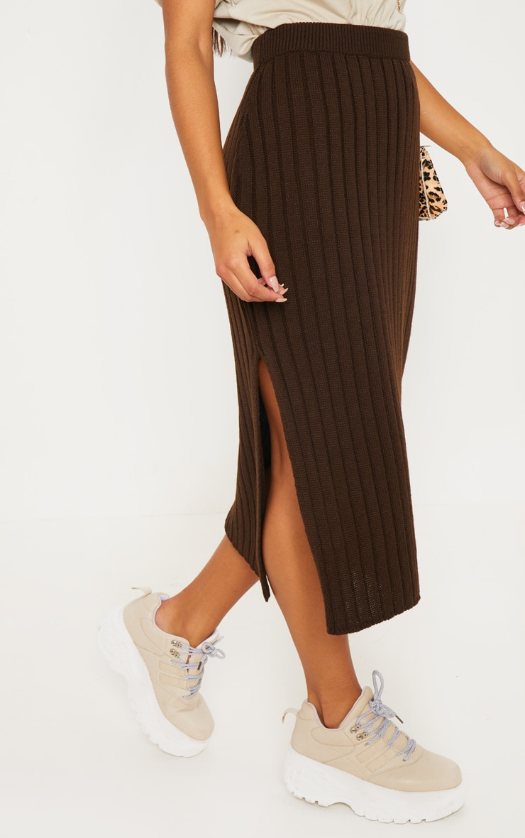 Brown Ribbed Knitted Midi Skirt 2