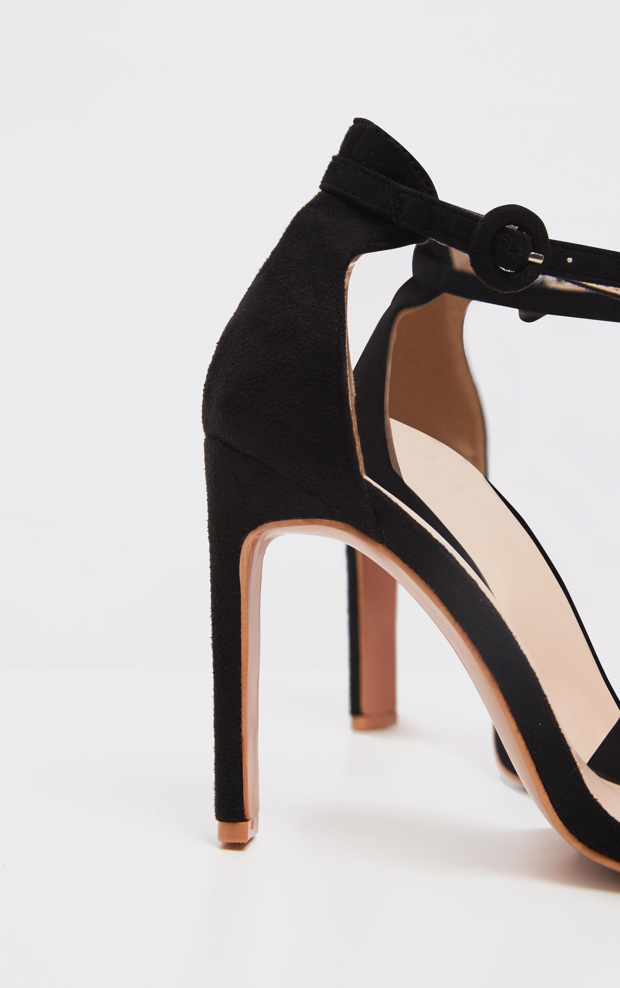 Chaussures noires en suédine à talons fins & plats 4
