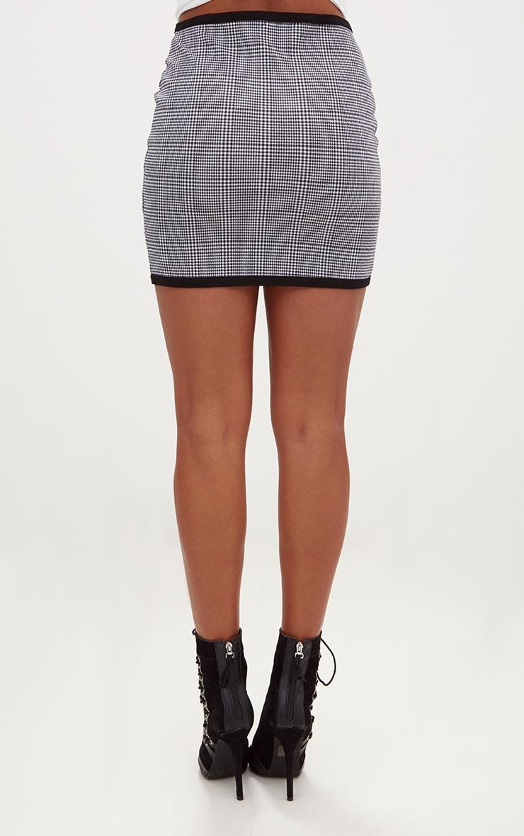 Black Dogtooth Front Seam Mini Skirt 4