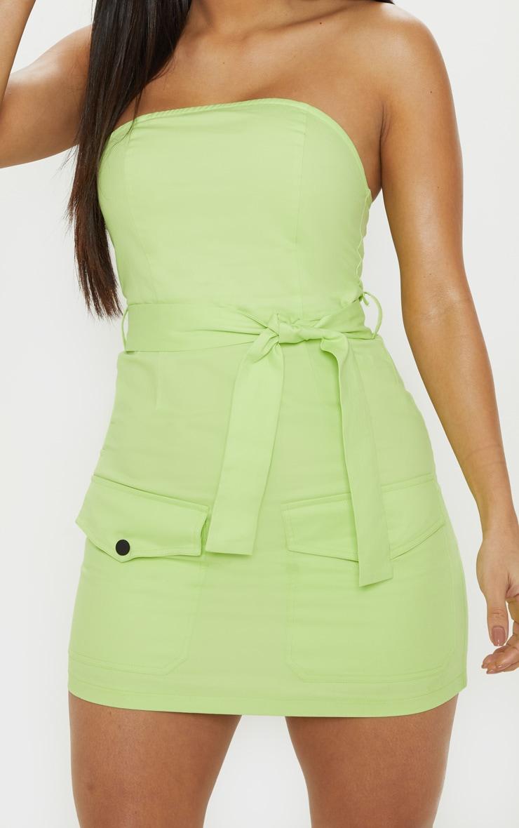 Robe bandeau moulante vert citron style cargo à poches frontales 5