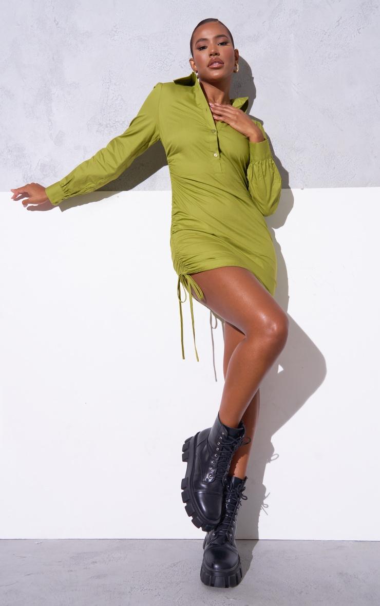 PLT Renew - Robe chemise vert olive délavé ajustée froncée sur le côté 3