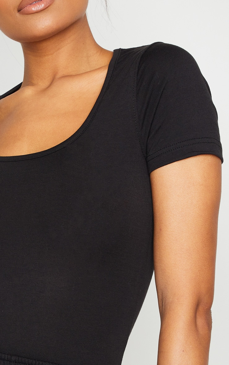 Black Basic Fitted Scoop Neck T Shirt 4