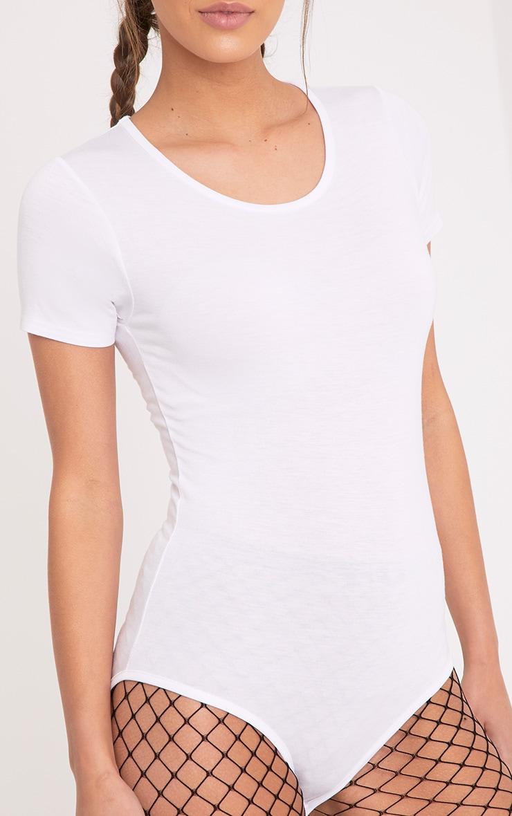 Basic body blanc à col arrondi 6