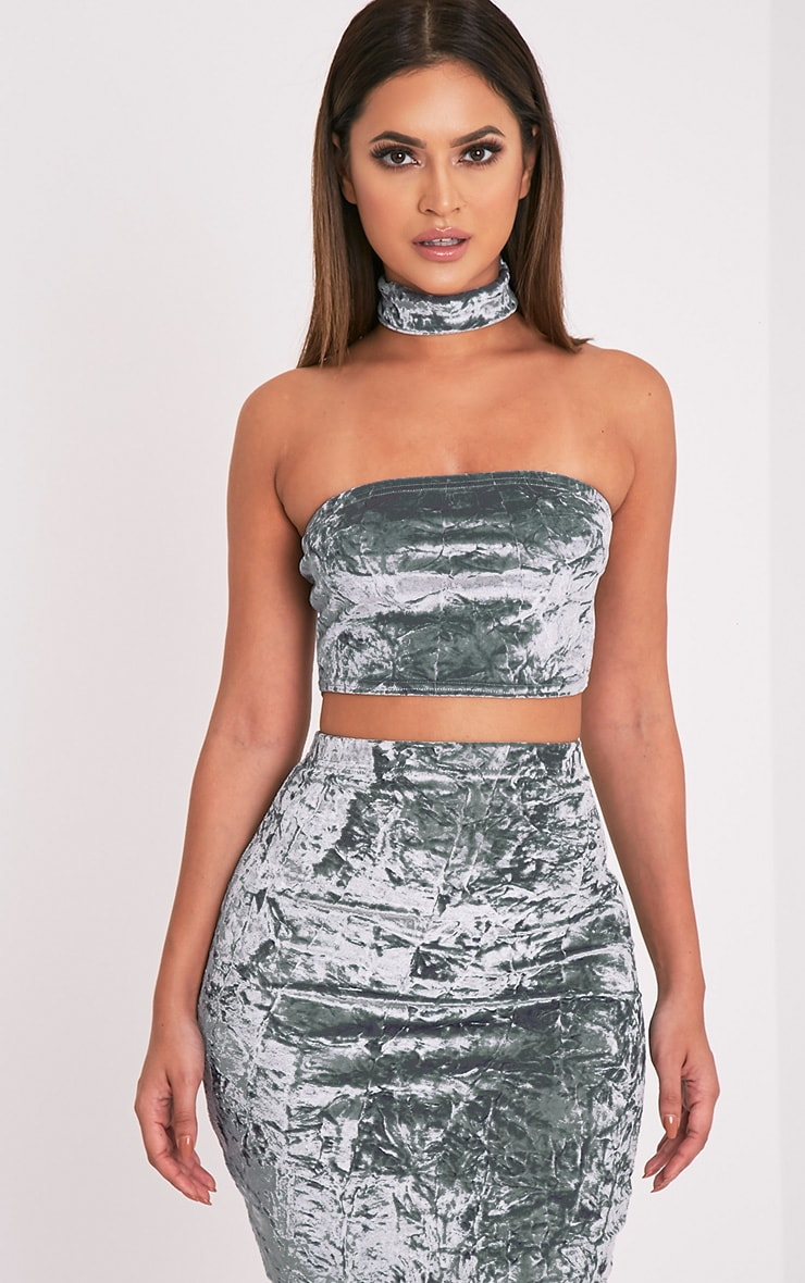 Lacy Silver Crushed Velvet Bandeau & Choker 1