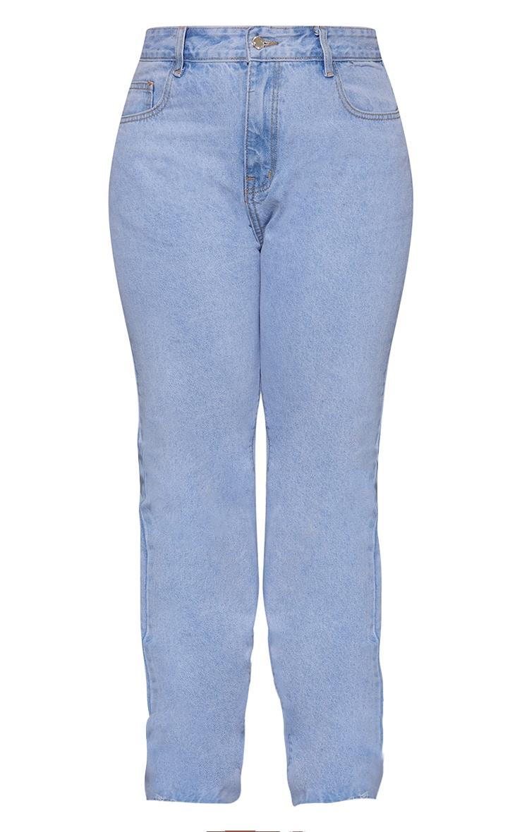 PRETTYLITTLETHING Plus Light Blue Wash Long Leg Straight Jean 5
