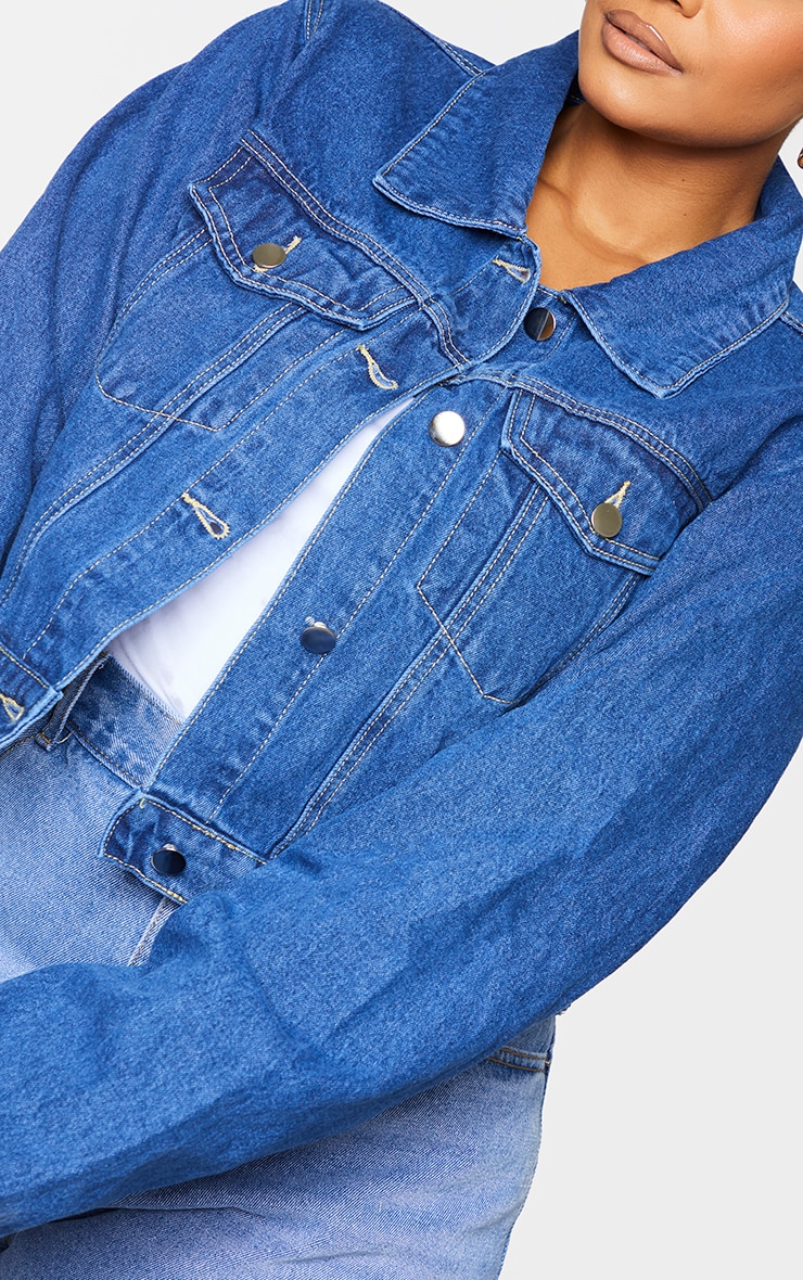 PRETTYLITTLETHING Plus Indigo Cropped Denim Jacket 4