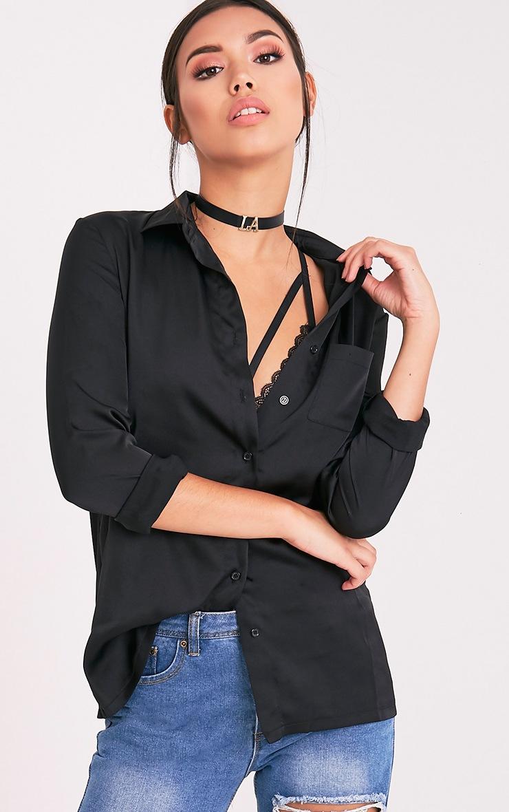 Dee chemise noire en satin 1