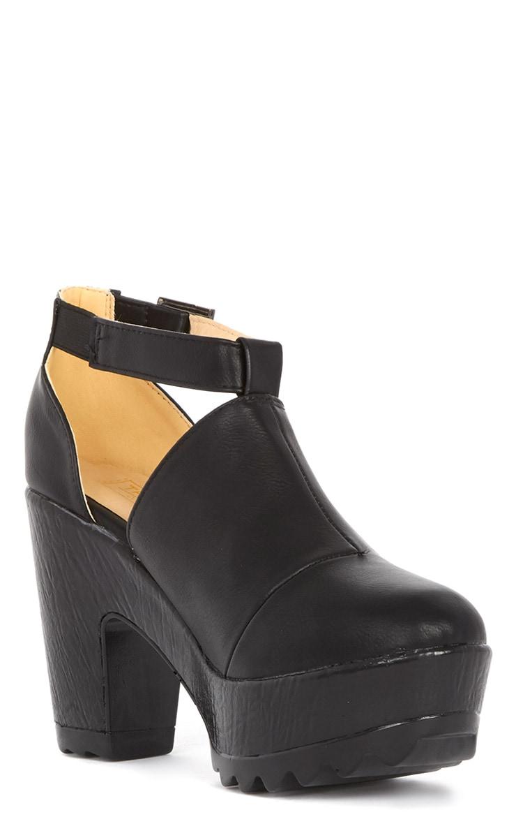 Dalia Black Strap Chunky Shoe  4